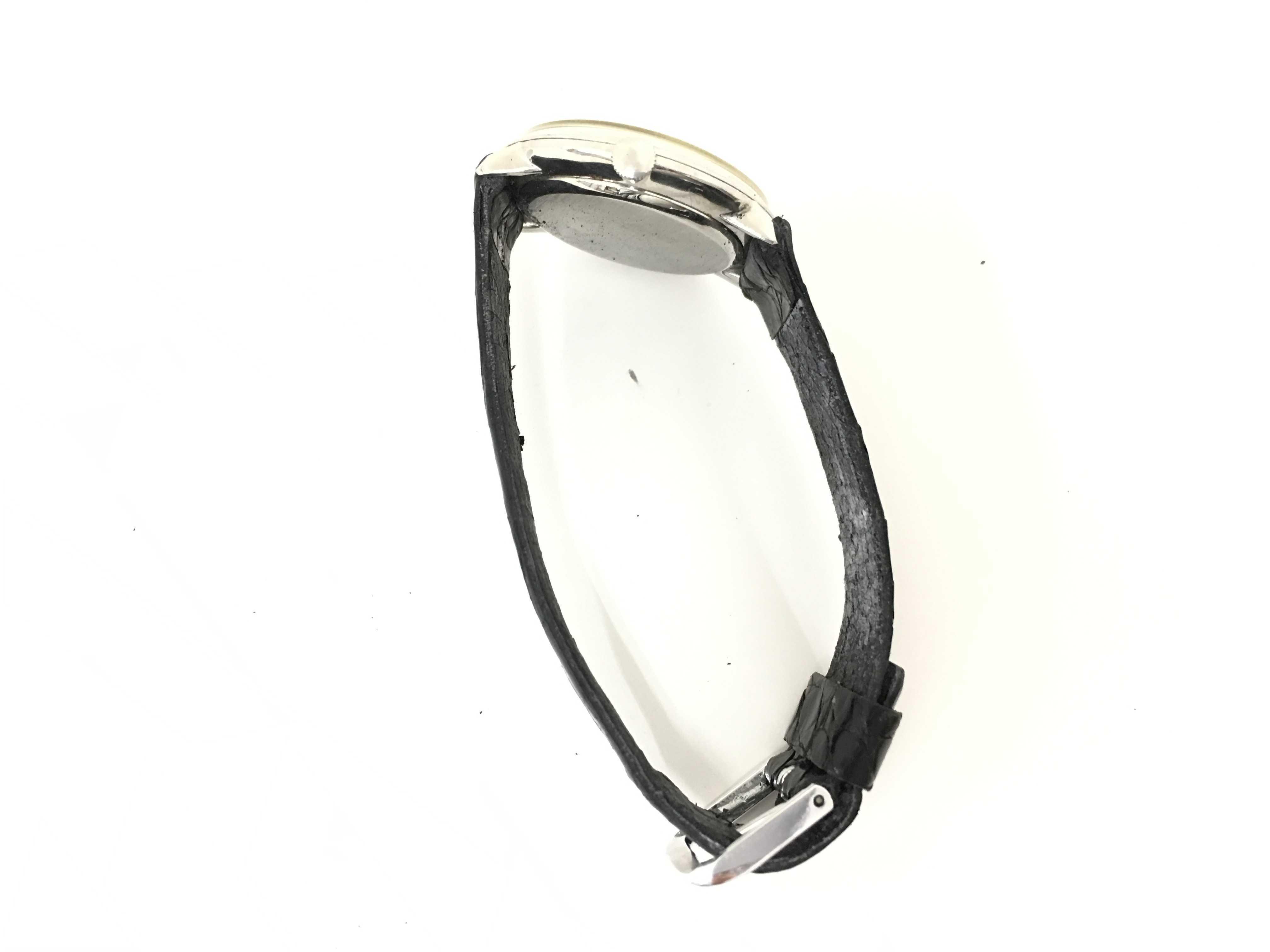 シャウハウゼン   手巻き   メンズ腕時計